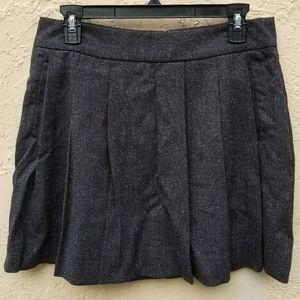 Gap mini skirt with pockets.